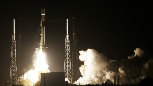 Israel schickt erstmals Raumsonde zum Mond