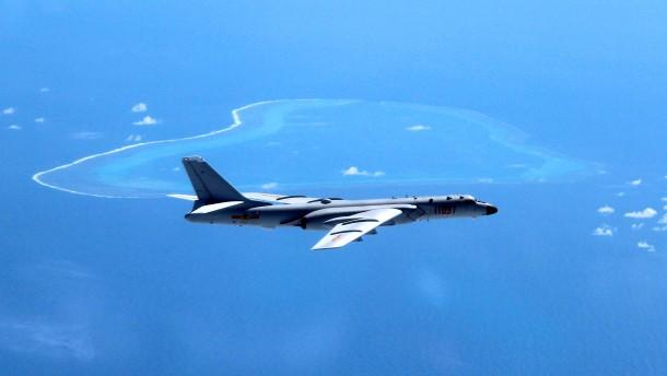 China fängt amerikanisches Aufklärungsflugzeug ab