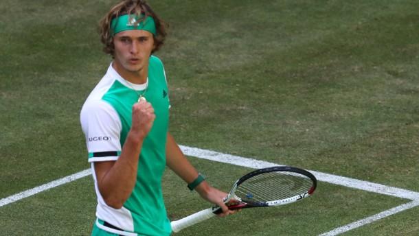 Zverev erreicht Viertelfinale von Halle