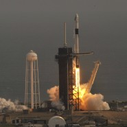 Start der Falcon-9-Rakete auf dem Raumfahrtzentrum Cape Canaveral in Florida