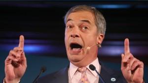 Nigel Farages Rede ruft Polizei auf den Plan