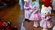 Fans feiern 40 Jahre Hello Kitty