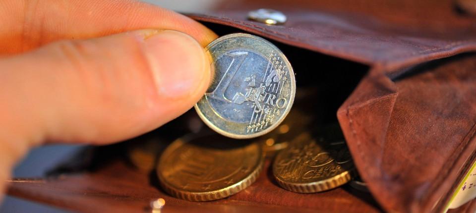 4ece893da972b Arbeitsmarkt  Der Zweitjob bleibt weiter gefragt - Armut und ...