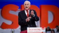 Maß und Mitte: Lothar Binding spricht im Dezember 2017 auf einem SPD-Kongress