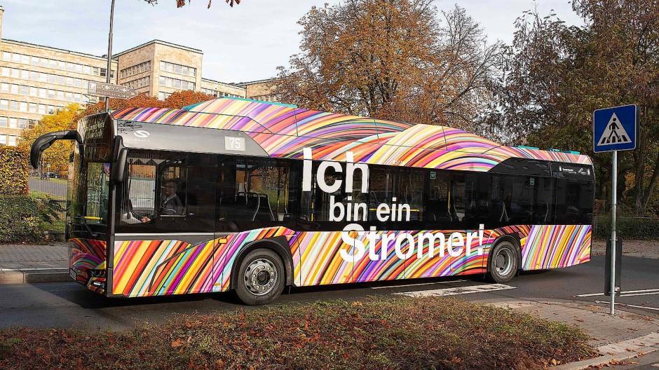 Grüner Antrieb: Der Elektrobus der Linie 75 bei der Vorstellung im November vergangenen Jahres.