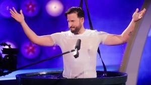 Sänger Michael Wendler jetzt digital verpixelt und stumm
