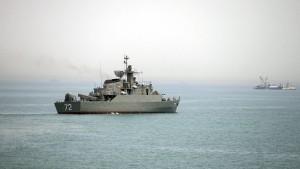 Iranisches Patrouillenboot feuert Warnschüsse auf Frachter ab
