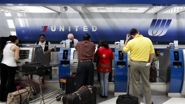 United Airlines verbietet Teenagern Leggings