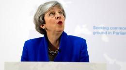 May will Parlament über zweites Brexit-Referendum abstimmen lassen