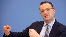 Spahn widerspricht RKI-Chef Wieler