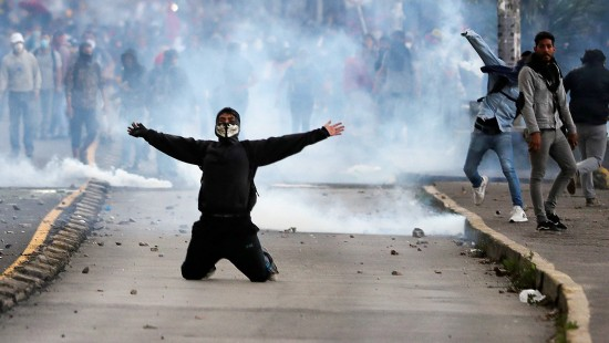 Hunderte Festnahmen bei Protesten in Ecuador
