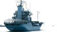 """Das Versorgungsschiff """"Mosel"""" der Deutschen Marine bricht am 18.4.2018 in Kiel zur EU-Mission """"Sophia"""" in Richtung Mittelmeer auf."""