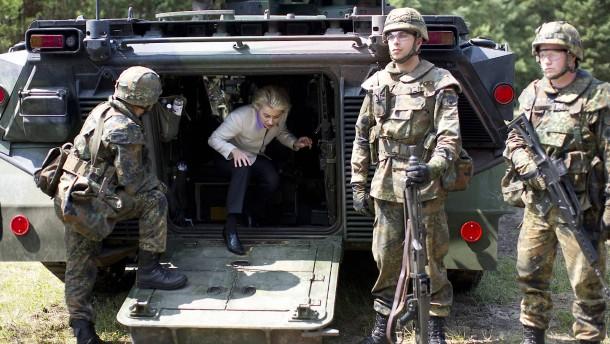 Militärausrüster wittern Neugeschäft