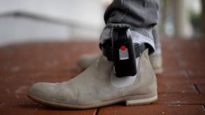 Fußfessel-Überwachung zieht in Hochsicherheitsgefängnis