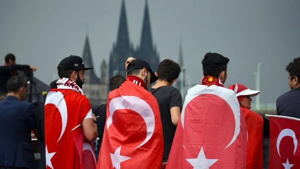 Die wichtigsten Antworten zur Erdogan-Kundgebung