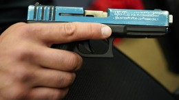 Zweijähriger in den USA erschießt sich versehentlich selbst