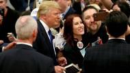 I want you to vote: Donald Trump scheint jeden einzelnen Wähler zum Gang an die Urne überreden zu wollen.