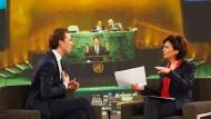 Sebastian Kurz, der Wunderknabe der europäischen Politik zu Gast bei Sandra Maischberger. Doch sein Geheimnis kann die Moderatorin nicht entschlüsseln.