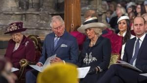 Meghan Markle und die Queen erstmals gemeinsam auf Termin