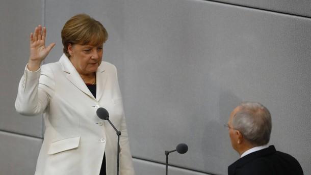 Bundeskanzlerin Merkel legt Amtseid ab
