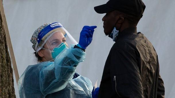 Neuer Rekord mit 210.000 Neuinfektionen in Amerika