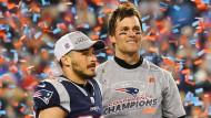 Gewinnertyp: Patriots-Quarterback Tom Brady (rechts) nach dem Halbfinal-Sieg.