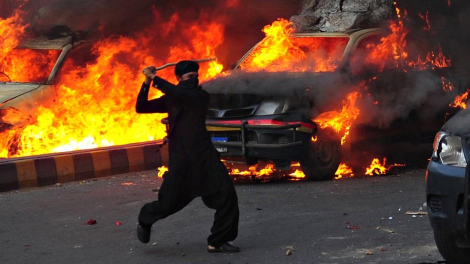 Tage des Zorns: In Pakistan entlädt sich bei antiwestlichen Krawallen brutale Gewalt