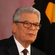 """""""Gemessen an den Herausforderungen unserer Zeit und an unseren Möglichkeiten könnten und sollten wir deutlich mehr tun"""": der scheidende Bundespräsident Joachim Gauck in seiner Abschiedsrede in Schloss Bellevue"""