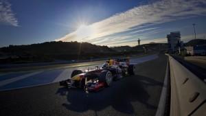 Red Bull pokert, Mercedes hofft