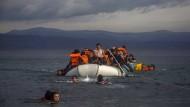 Mindestens 35 Flüchtlinge vor türkischer Küste ertrunken