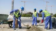 Schuften für die Scheichs: Bauarbeiter aus Sri Lanka in Qatar.