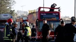Tote und Verletzte nach Unfall mit Touristenbus