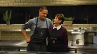 Alexander Koppe, Chef im Berliner Restaurant Skykitchen, mit seiner Mutter Edeltraud Koppe