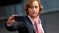 NetzDG & AfD-Tweets, Gröning muss in Haft, Entgelttransparenz & Freiheitsrechte