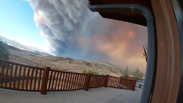 Zeitraffervideo zeigt Waldbrand in Colorado