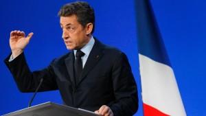 Sarkozy setzt Militäroperationen in Afghanistan aus