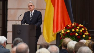 Gauck fordert mehr Großherzigkeit gegenüber Flüchtlingen