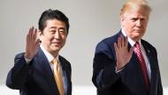 Japans Premier Shinzo Abe (links) zu Besuch beim amerikanischen Präsidenten Donald Trump