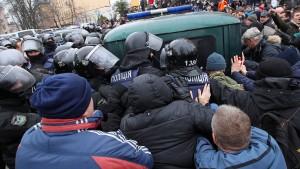 Micheil Saakaschwili in Kiew von Anhängern befreit