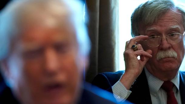 """Bolton: """"Trump sollte nicht Präsident sein"""""""