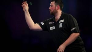 Humphries wirft Cross aus dem Turnier