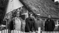 """Die netten Jungs von nebenan: Maze Exler (links) mit der Band """"Pictures""""."""