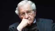 Der amerikanische Gesellschaftskritiker Noam Chomsky