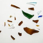 Bunte Glasscherben – schillernde Kunstobjekte.