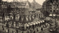Die Hauptwache an der Zeil auf einem historischen Foto.