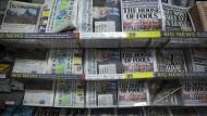 """Kaum zu übersehen: Die Titelseite der Daily Mail mit der Schrift ?The house of fools""""."""