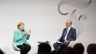 Bundeskanzlerin Angela Merkel und F.A.Z.-Mitherausgeber Berthold Kohler