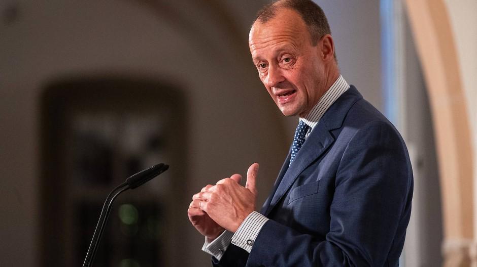 Viel Zuspruch: Merz beim CDU-Wirtschaftsrat Hessen in Kloster Eberbach am Dienstagabend