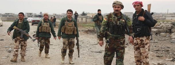 Kurdische Soldaten bei einem Einsatz in Zumar in der Prozinz Niniveh