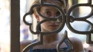 Ein echtes Gefängnis sieht weniger schön verziert aus: Aria (Giulia Salerno) wird schon freikommen